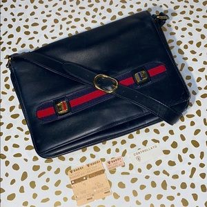 GUCCI Vintage Navy Leather Shoulder Bag